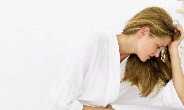 Đi tiểu nhiều lần trong ngày ở phụ nữ có ảnh hưởng gì không? Có phải mang thai không?